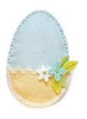 99393 Plush Easter Egg Pocket craft die